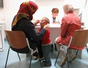 Come vivere in italia guida alla salute il diritto all for Assistenza sanitaria extracomunitari senza permesso di soggiorno